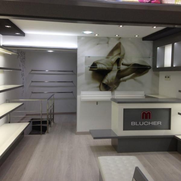 Diseño de Interiores Iluminación Tienda de Zapatos