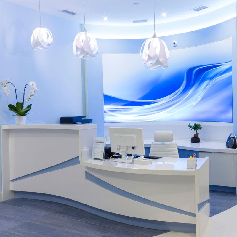 Dise o decoraci n y construcci n de espacios de trabajo for Decoracion centro estetica
