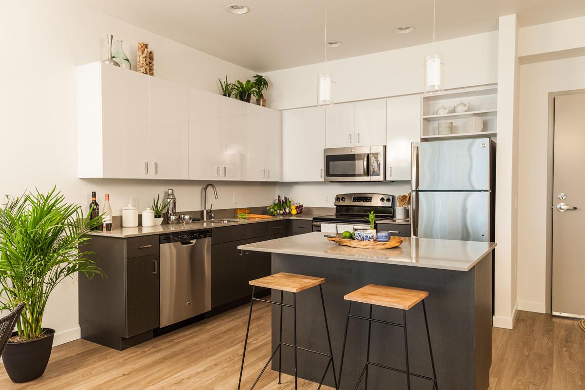 Reformando la cocina barra americana mesa o isla for Cocinas abiertas con isla